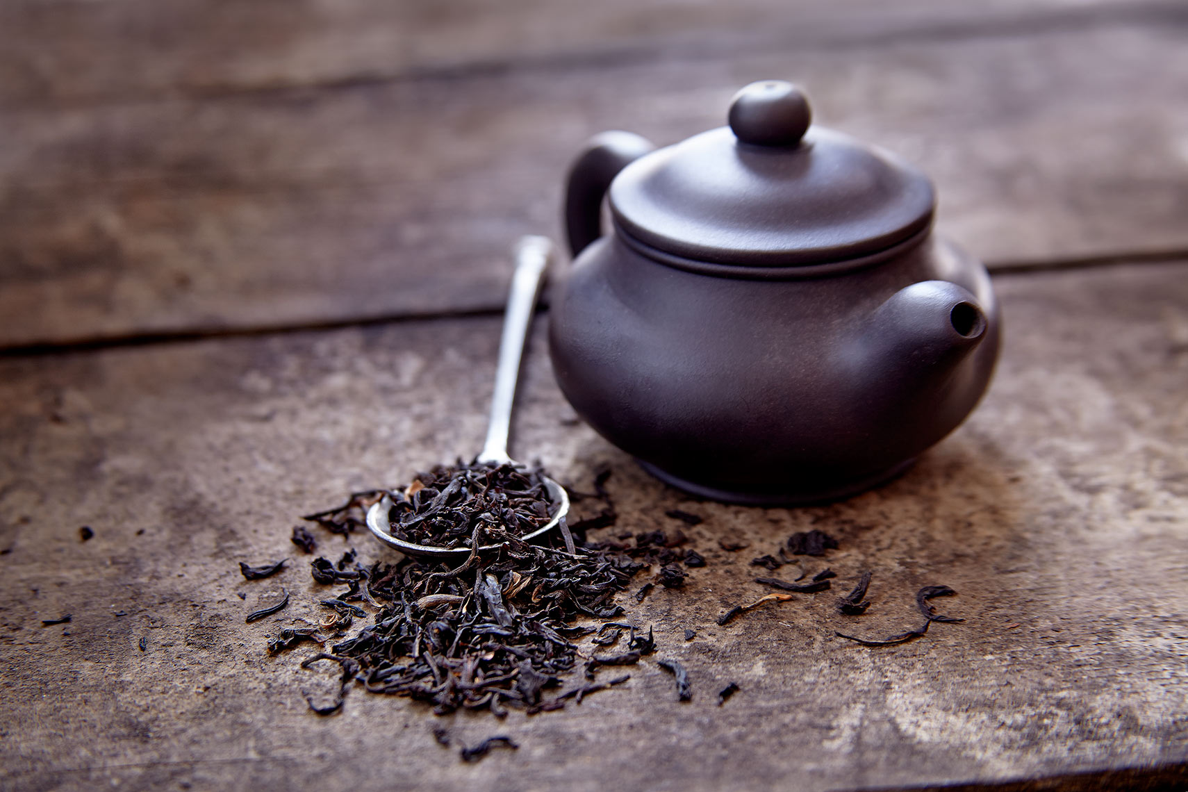 Numi-Loose-Tea-and-Pot