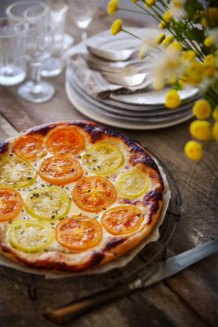 Orange_Yellow_Tomato_tarte high angle