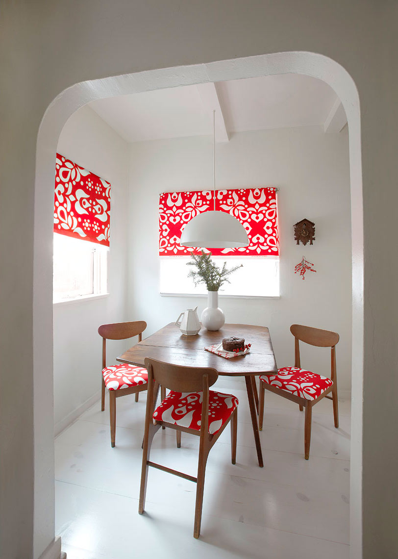 Red-and-White-Dining-Room